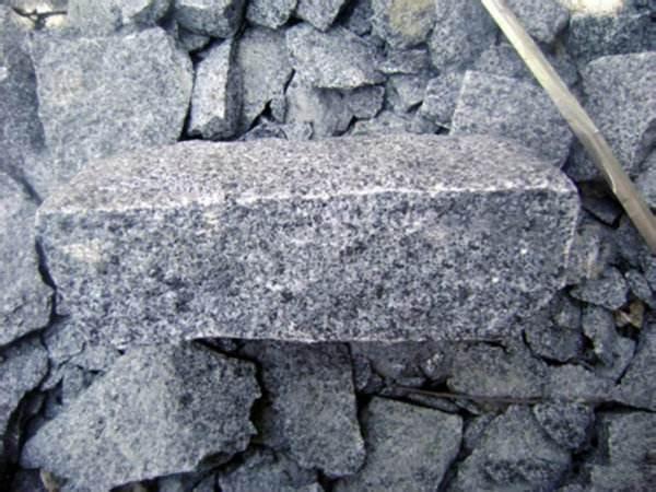 花岗岩破碎