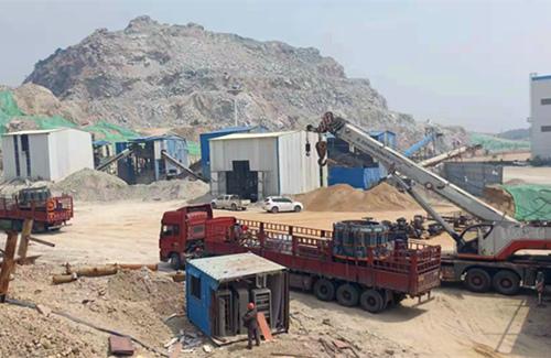 山东客户时产600吨花岗岩